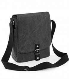 QUADRA BAGS VINTAGE IPAD(TM)/TABLET REPORT